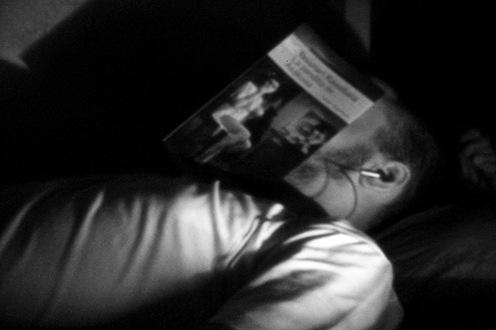 pinhole - Duermo, leo y escucho