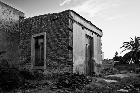 Casa a punto de ser demolida-8394