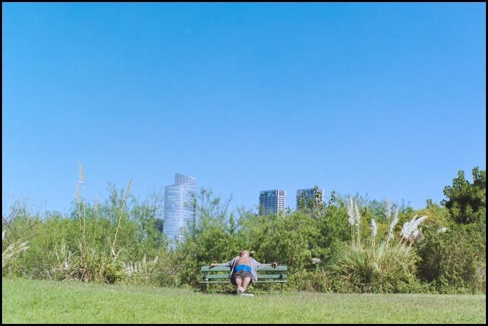 hombre tomando sol-_DSC4952-Editar